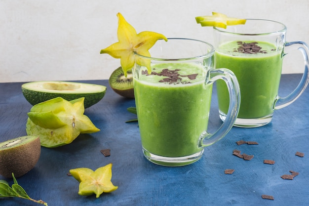 Healthy and delicious green smoothies Free Photo