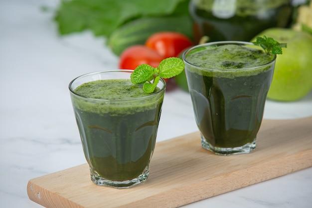 Здоровый напиток, овощной смузи Бесплатные Фотографии