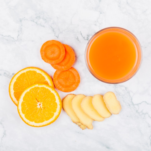 Healthy juice from vegetables and fruit Free Photo