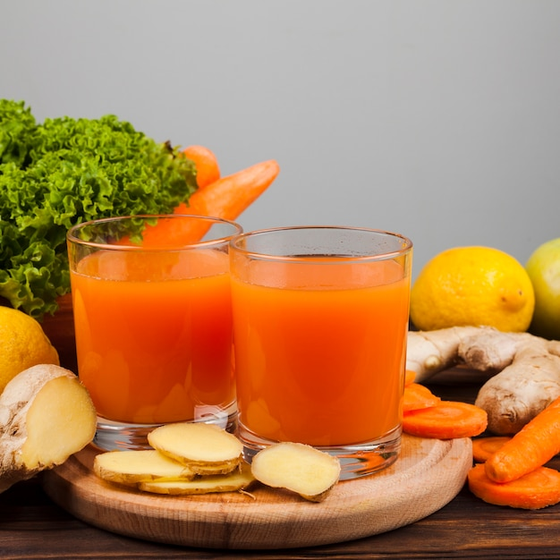Healthy juice and vegetables assortment Free Photo