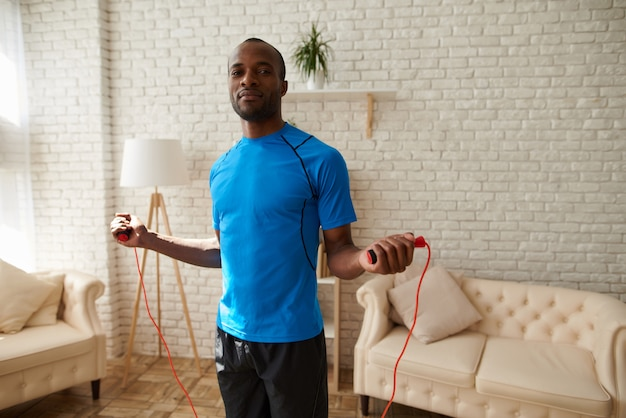 Healthy lifestyle at home with skipping rope | Premium Photo