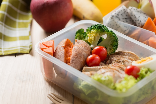 Healthy lunch boxes in plastic package Premium Photo