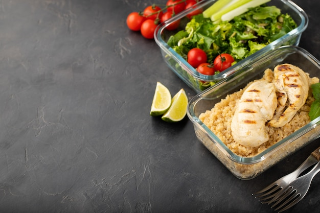 Healthy meal prep containers. Premium Photo