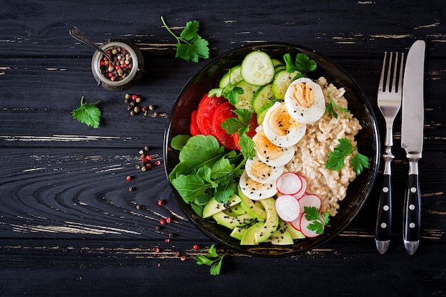 Healthy salad of fresh vegetables Premium Photo