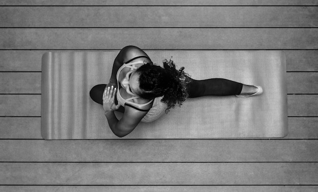 Healthy woman doing yoga Free Photo