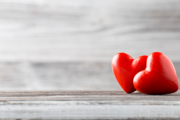 Сердце на деревянном Premium Фотографии