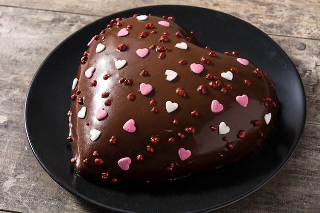 Heart shaped cake for valentine's day or mother's day Premium Photo