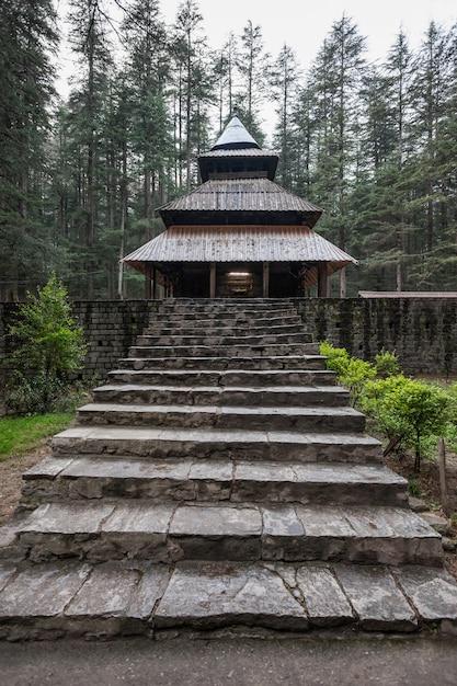 Hidimda devi temple Premium Photo