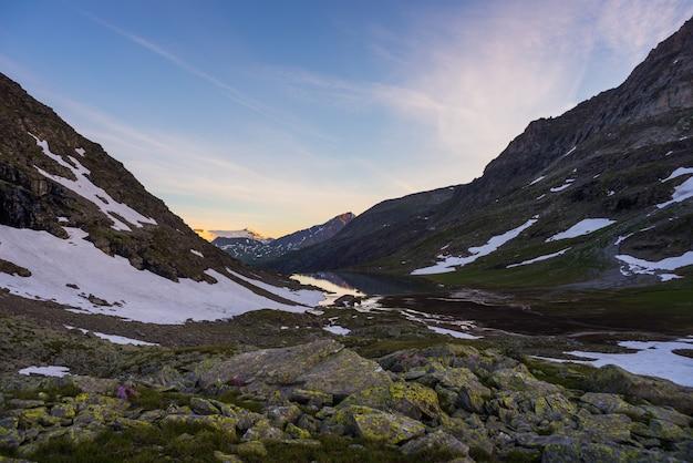High altitude alpine landscape at sunset Premium Photo