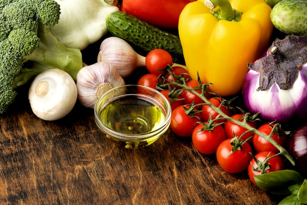 High angle bunch of fresh vegetables assortment Free Photo
