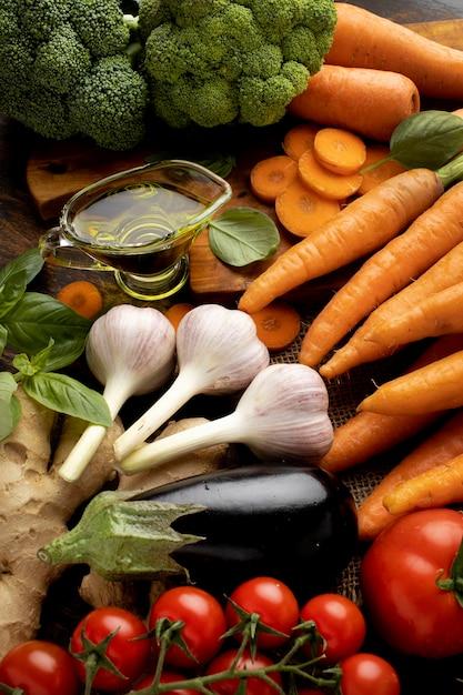 Букет из свежих овощей под высоким углом Бесплатные Фотографии
