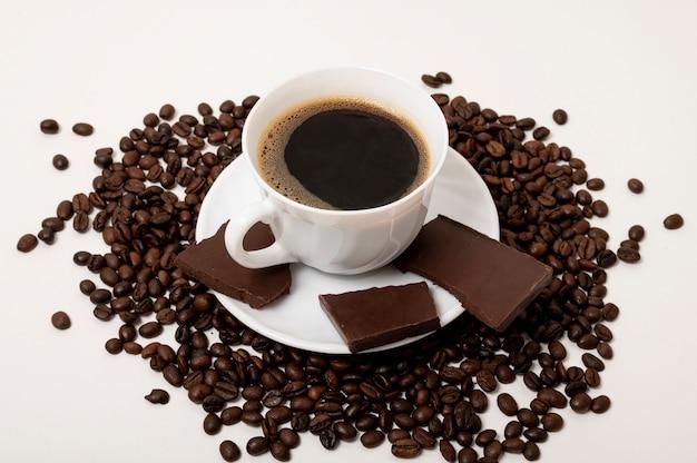 High angle coffee cup on plain background Free Photo