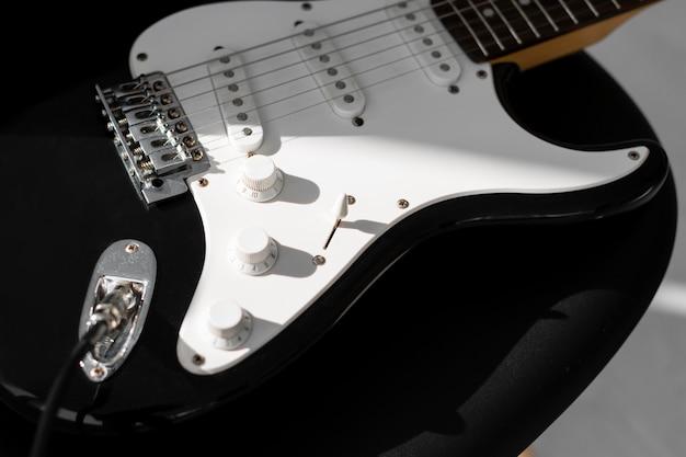 エレキギターのハイアングル 無料写真