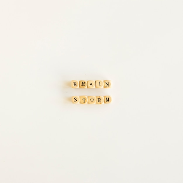High angle view of brainstorm blocks on white background Free Photo