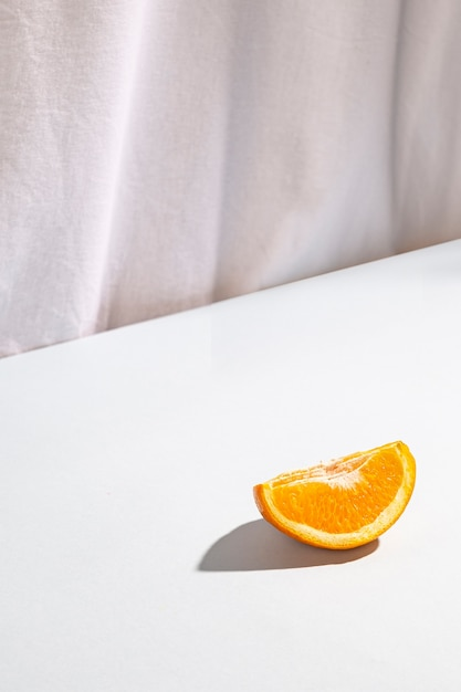 High angle view of two slices of oranges Free Photo