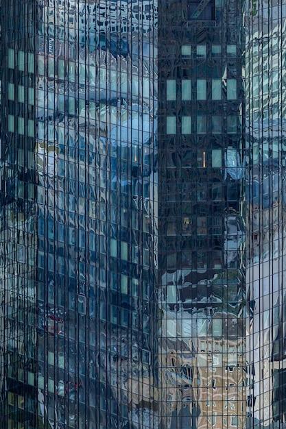 Высотное здание со стеклянным фасадом во франкфурте, германия Бесплатные Фотографии