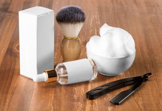 Инструменты парикмахерской высокого обзора с упаковочной коробкой Бесплатные Фотографии