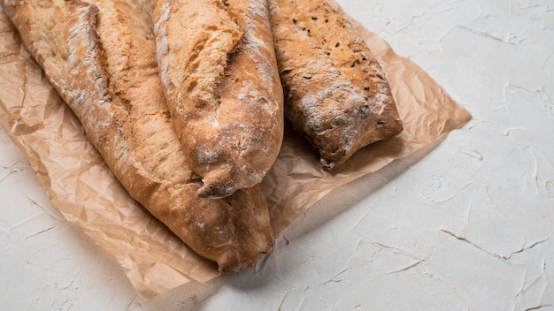 Буханки хлеба с высоким видом Бесплатные Фотографии
