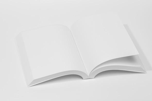本のハイビューオープンページ 無料写真