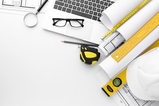 Высокий вид ремонта инструментов и ноутбука Бесплатные Фотографии