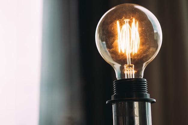 Высоковольтная яркая лампочка Бесплатные Фотографии