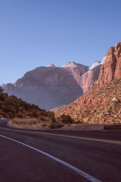 Highway road in the middle of a natural canyon in coconino county, arizona Free Photo