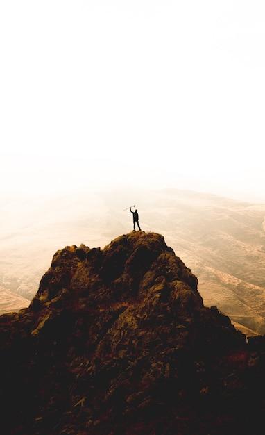 Hiker на вершине Бесплатные Фотографии