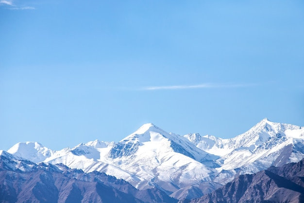 Himalayan mountains in october of leh ladakh, northern part of india Premium Photo