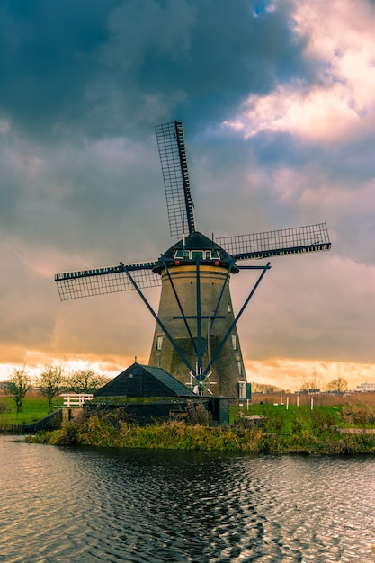 Historians dutch windmills near rotterdam Premium Photo