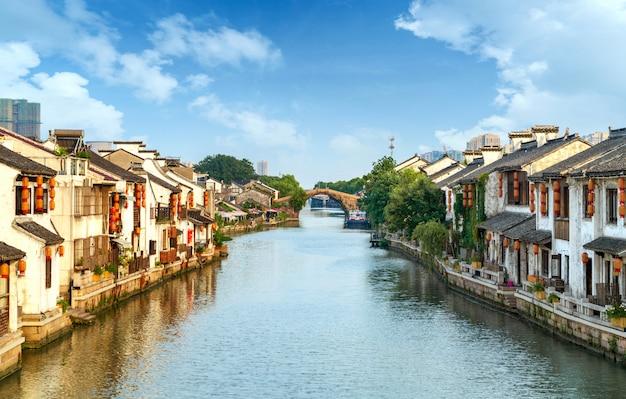 Historic scenic old town wuzhen, china Premium Photo