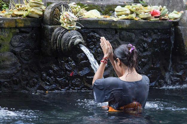 Holy water in temple bali Premium Photo