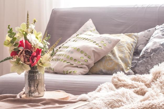 Домашний весенний интерьер в гостиной Бесплатные Фотографии