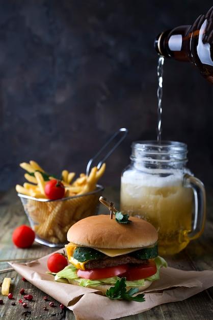 Homemade burger with bun Premium Photo