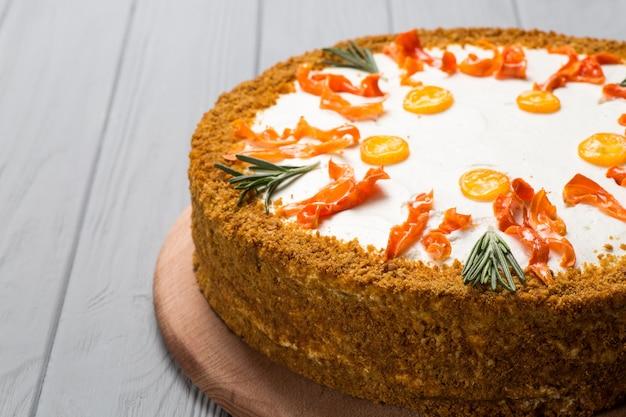 Homemade carrot cake Premium Photo