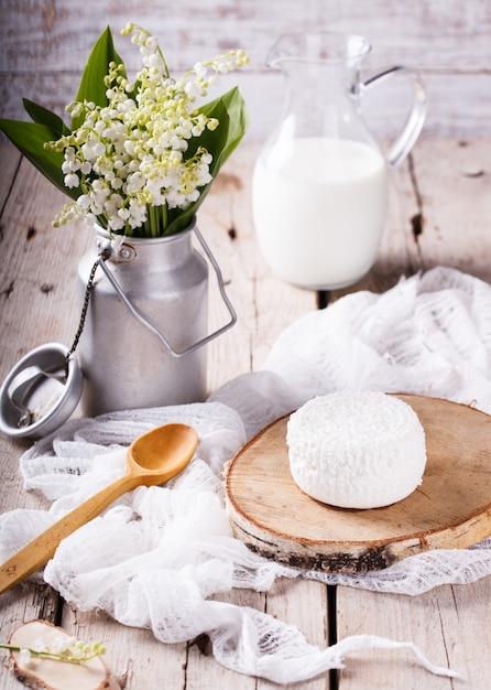 Homemade cottage cheese Premium Photo