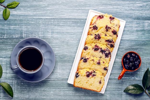 自家製ブルーベリークランブルケーキ 無料写真
