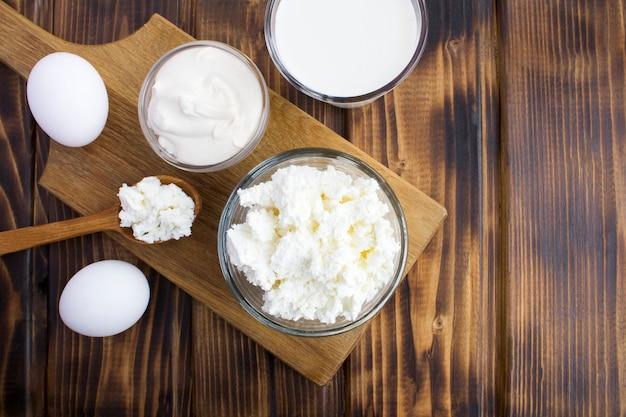 Домашние фермерские молочные продукты Premium Фотографии