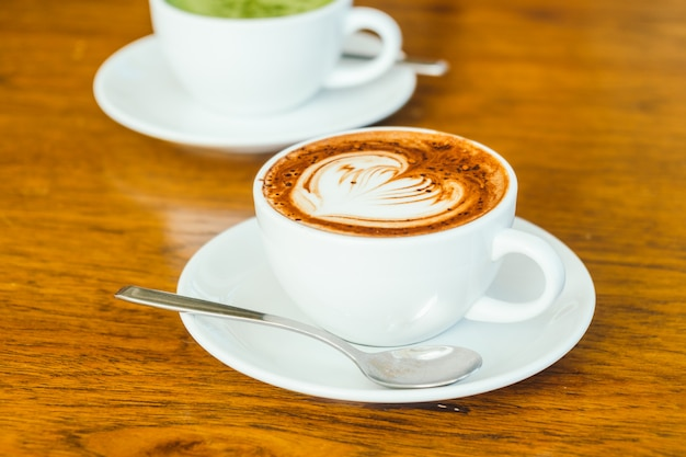 Hot chocolate latte in white cup Free Photo