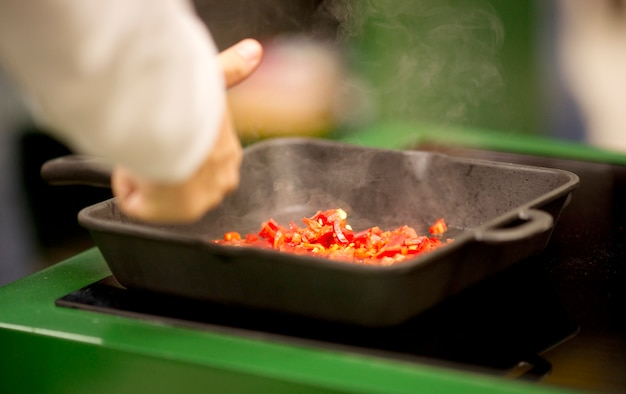 how to cook peppers in a pan