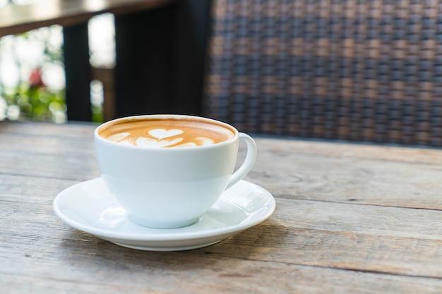 Hot latte coffee Premium Photo