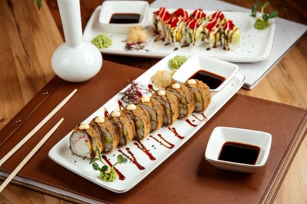 海苔蟹の生姜わさびと醤油のテの天ぷら 無料写真