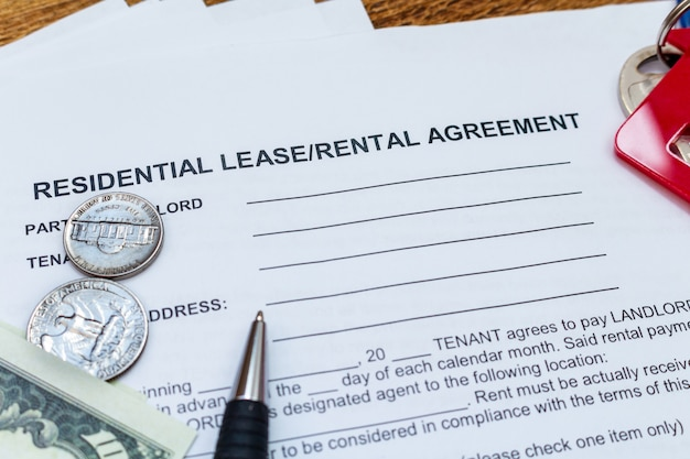 House, home, property, real estate lease rental contract agreement pen money coins Premium Photo