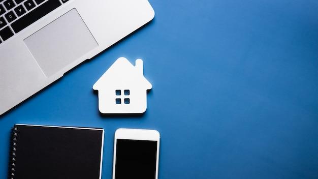 住宅モデル不動産業者オファーハウス Premium写真
