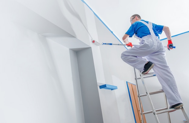 House painting business Free Photo