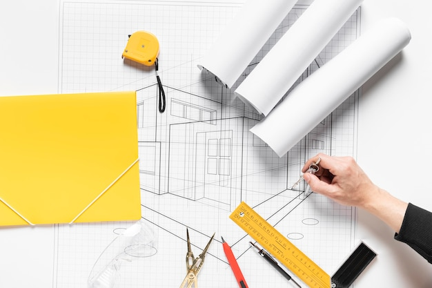 House project on white paper Free Photo