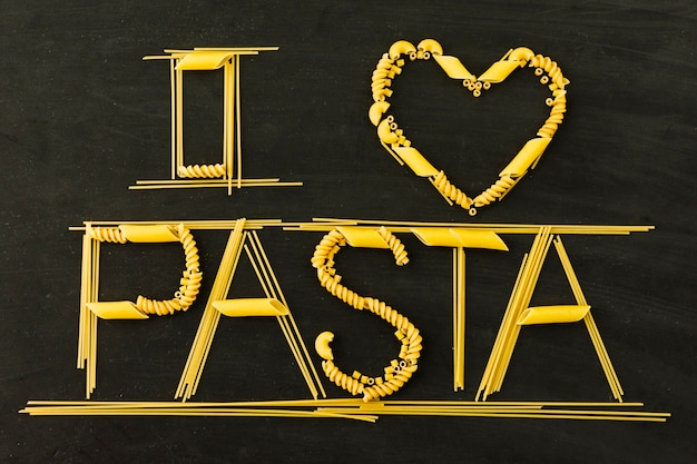 I love pasta text on black background Free Photo