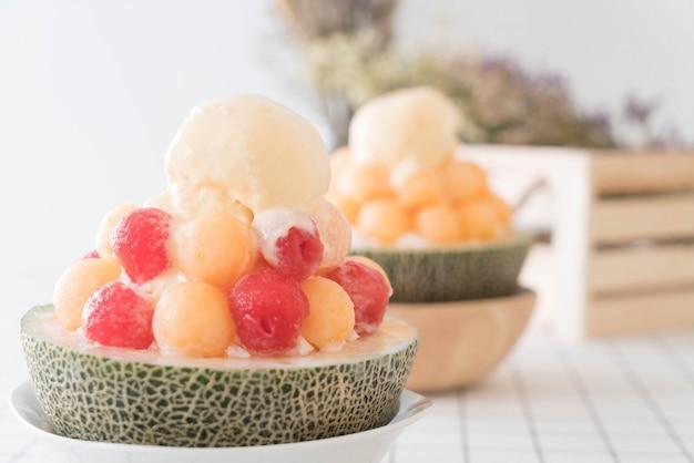 Ice melon bingsu, famous korean ice-cream Free Photo