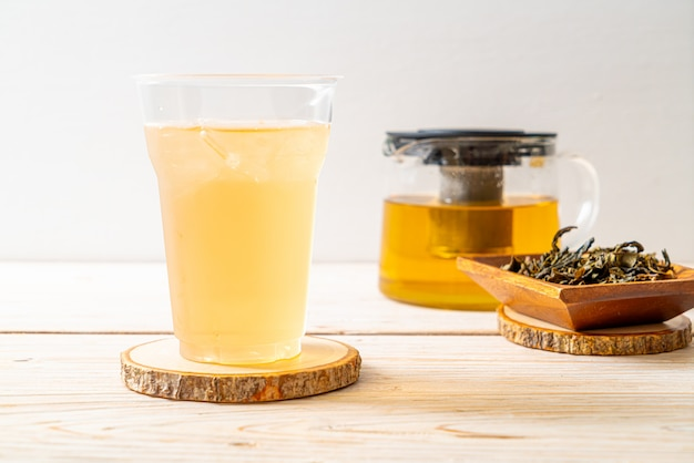 Холодный жасминовый чай Premium Фотографии