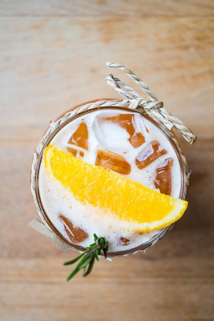 Iced lemon tea Free Photo