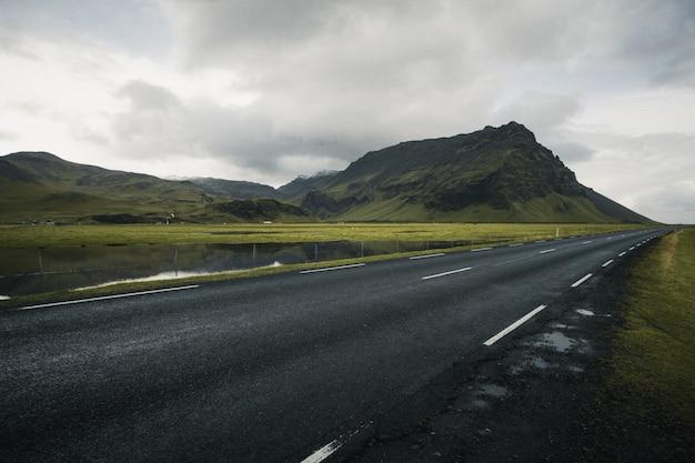 Iceland road Premium Photo